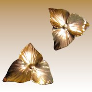 Unworn Stuart Nye Hand Made Copper Trillium Earrings
