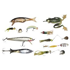 10 Vintage Fishing Lures Head with Rubber Spinners, etc.