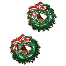 Goldtone Enamel Christmas Wreath Clip Earrings