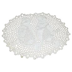 Vintage Hand Crochet Doily w/ Two Perching Birds!
