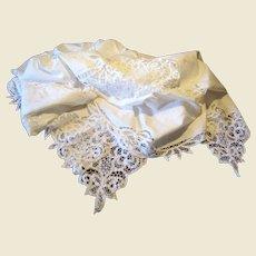 """92"""" Battenberg Lace Tablecloth, Excellent Condition"""
