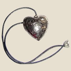 "Large 1 3/4"" Puffy Silvertone Heart on 17"" Leather Thong"