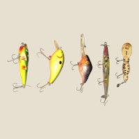 "Five Vintage Fish Lures 2 1/2"" - 4"" (excluding hooks) No Makers Marks, VG"