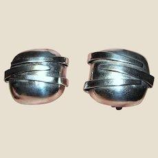Bold Sculptural Mid Century Modernist Sterling Clip Earrings