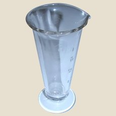 Antique Hand-Blown and Etched Apothecary / Pharmacist's Graduated Measuring Beaker 4 oz. - Rare, Mint Condition