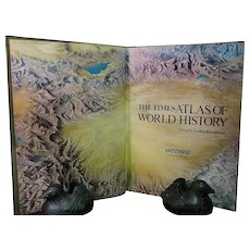 The Times Concise Atlas of World History, 1982
