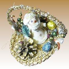 Adorable 50's Santa in Basket Ornate Tree Ornament