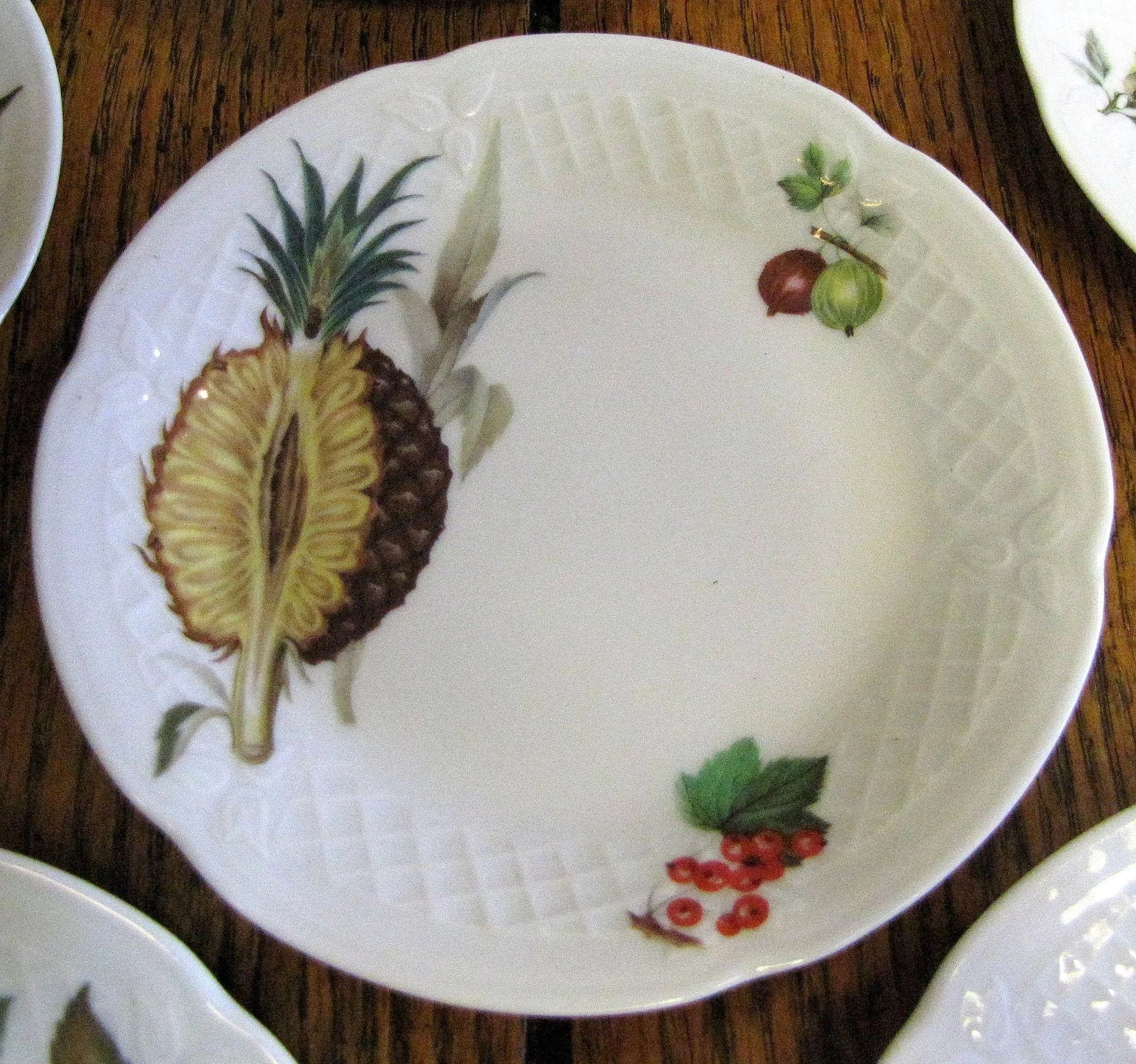 Set of 5 philippe deshoulieres porcelain french limoges for Philippe deshoulieres canape plates