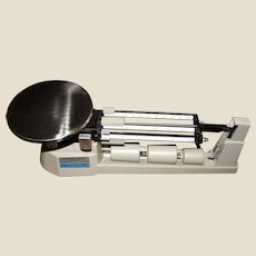 Triple Beam Balance by Home Science Tools, Model BS-2610, 2610 Gram Capacity, Like New