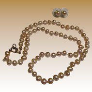 "Freshwater Peach Baroque Pearl Fully Knotted 18"" Necklace & Earring Set"