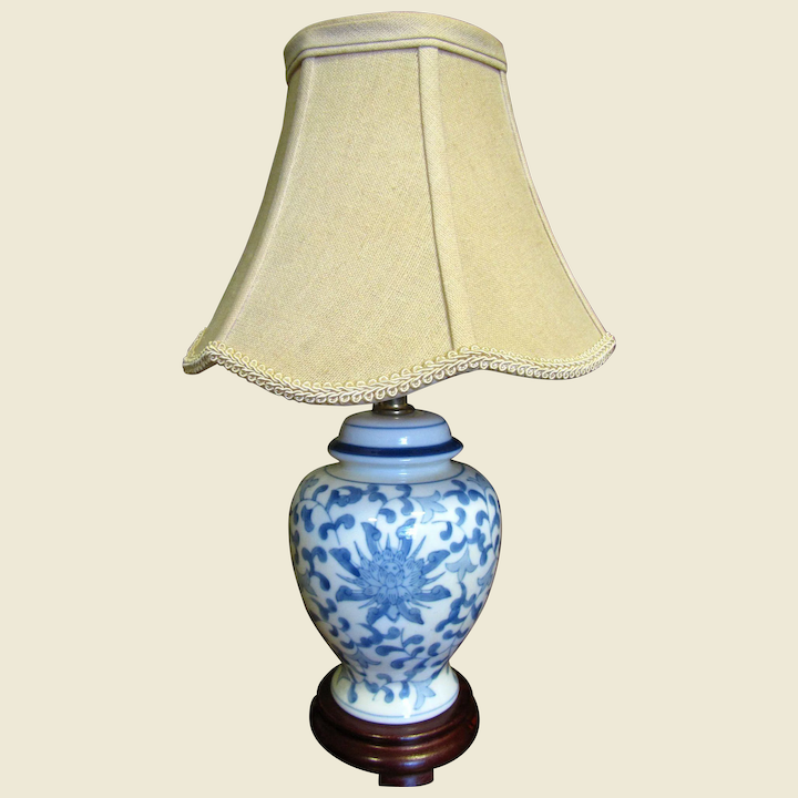 Pretty Small Blue White Chinese Table Lamp With Beige Shade