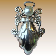 Vintage Sterling Angel Pin/ Pendant, 12 grams