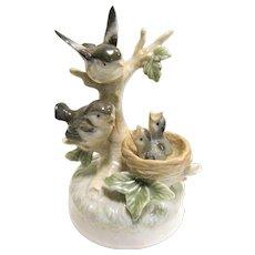 """Otagiri Porcelain Music Box, Birds in the Nest, """"Tenderly"""""""