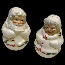 Lenox Holiday Santa And Mrs Claus Salt & Pepper Set