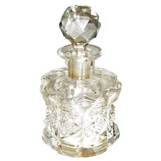 Vintage Beautiful Hand Cut Clear Crystal Perfume Bottle with Stopper