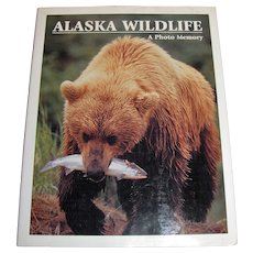 Alaska Wildlife : A Photo Memory by Johnny Johnson, HC, Nearly New