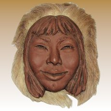 Sculpture Eskimo Woman, Signed by Talmadge, Medium Clay and Animal Hair, Alaska, Native American, Fine
