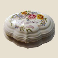 "1983 Avon ""Memories"" Musical Porcelain Trinket Box"