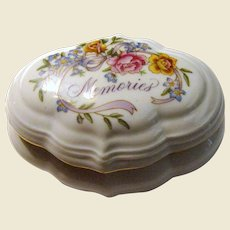"1983 Avon ""Memories"" Musical Porcelain Trinket Box"