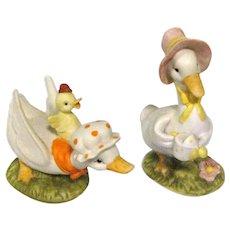 Fun Pair of Lefton Geese Figurines #02348