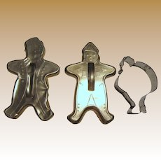 3 Holiday Season Cookie Cutters, Santa & 2 Gingerbread Men