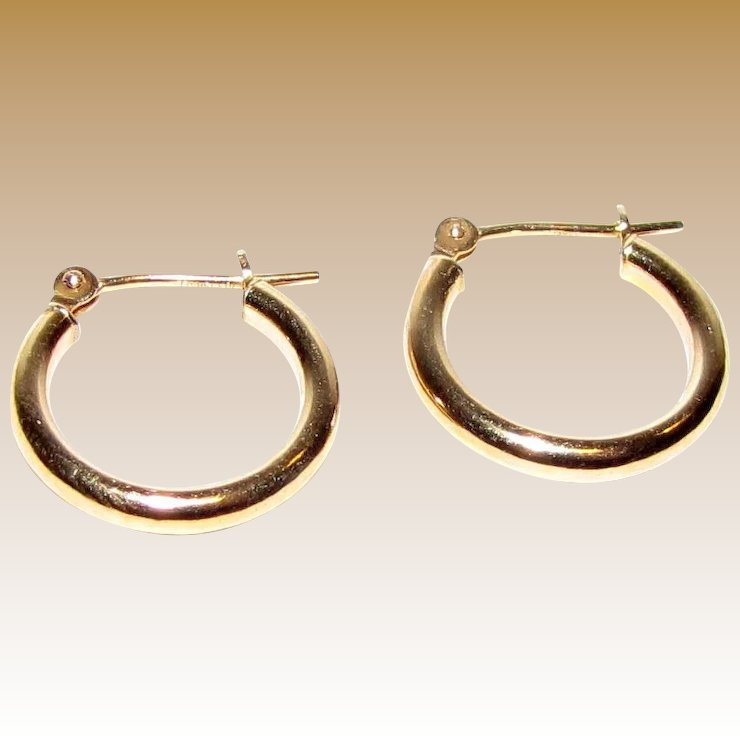 hoop p earrings all v twisted pagoda piercing view baby gold jewelry