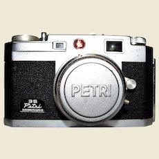 Petri 35 Super 28 Color Corrected Kuribayashi 35mm Lens Camera With Case