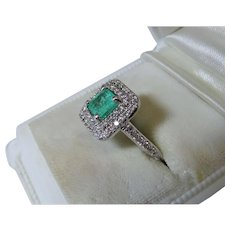 Exquisite Columbian Emerald Diamond 14K White Gold Ring Double Halo Fine Estate
