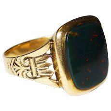 Victorian Bloodstone Agate 14K Yellow Gold Ring Fine Handsome Antique