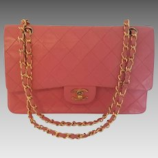 Vintage Authentic Classic Chanel Lambskin Shoulder Bag 1980