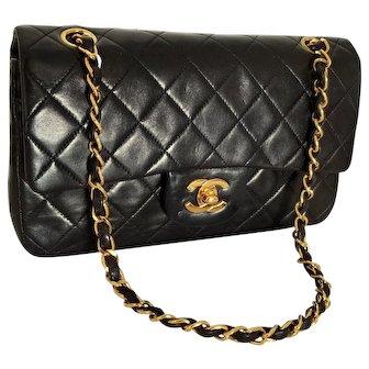 Authentic Vintage Chanel Black Quilted Lambskin Double Flap Shoulder Bag 2.55