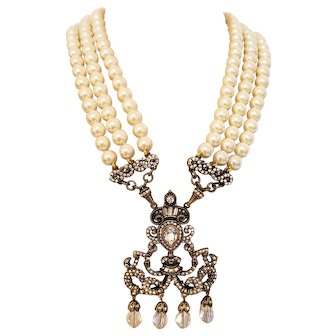 Retired Heidi Daus Chandelier Ivory White Statement Vintage Necklace