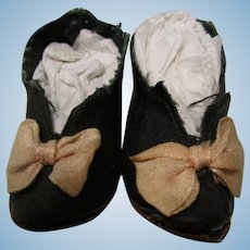 "2 1/2"" Black French Heeled  Oil Cloth Doll Shoes"