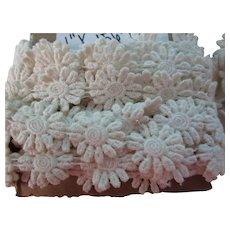 "Vintage Lot 2 of 1"" - 8 Yds Flower Appliques Cream"