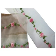 "102"" Vintage Sheer Pink Embroidered Rose Garland Trim"