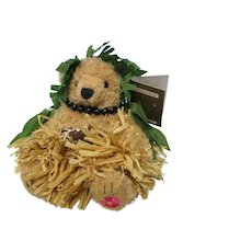 "2002 - 6""  Malia Hawaiian Souvenir Bear w Tags"