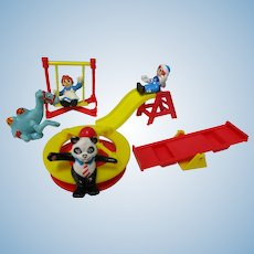 Miniature 8 Pc Raggedy Ann Andy Playground Set