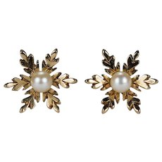 Adorable Pearl Snowflake Stud Earrings 9k Gold Seed Pearl Studs