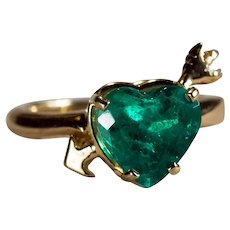 Incredible Solitaire Emerald Heart 2.50ctw 14k Gold Cupid Arrow Heart Emerald Ring