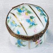 Limoges Peint Main Flowers Gold Octagon Brass Gold Trinket Box