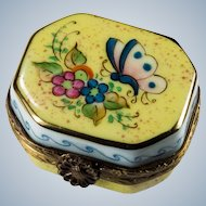 Limoges Rochard Hand Painted Gold Leaf Butterfly Flowers Pill Box Trinket Box