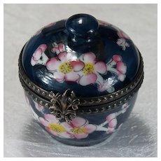 Limoges France Peint Main Signed Cherry Blossom Tree Trinket Box Clover Shamrock Closure