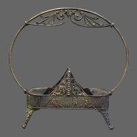 Meriden silverplate Victorian ornate frame nude warriors in battle