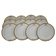 Royal Worcester porcelain set of twelve gold rim encrusted dinner plates W8164