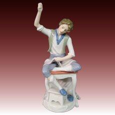 Goebel figurine seated girl sewing 335 initialed BK