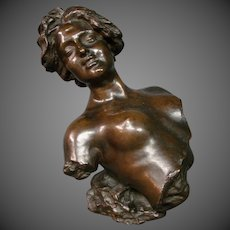 Italian bronze nude female woman sculpture signed