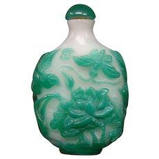 Peking cameo glass snuff bottle jade alabaster lotus butterfly rooster bird