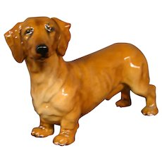 Royal Doulton figurine dachshund dog HN1140