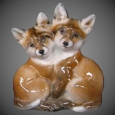 Rosenthal porcelain figurine pair of fox cubs Professor Th Karner 1160 RARE