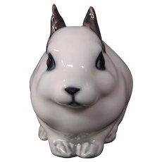 Royal Copenhagen porcelain white and gray rabbit figurine 154 hard to find